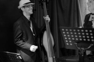 Howard Kahn playing the upright bass at the B Bar, Plymouth